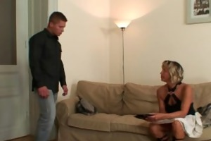 girlfriends mommy spreads legs for him