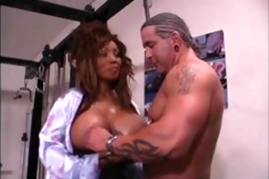 large black breastissez 03 - scene 3