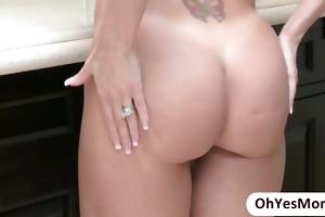 stepmom brandi seduces her stepgirl lia