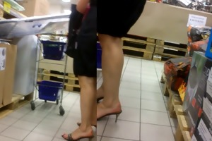 candid older feet in pumps
