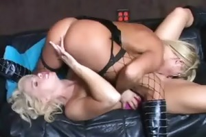 hot lesbo amateur milfs toying and licking every