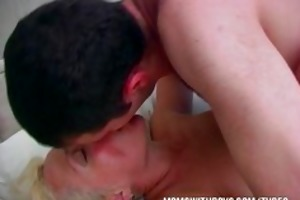 sexy lewd mamma wakes stepson with a oral sex