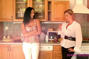 lesbea hd breasty mother i house wife cheating on
