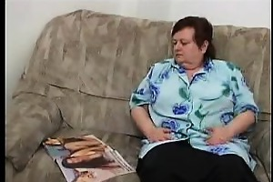 overweight mature woman masturbating on the