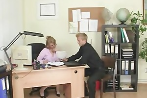 hawt office sex with older whore
