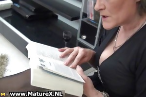 mature housewife in hot dark stockings part4