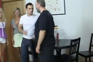 he is brings his gf home to meet the parents