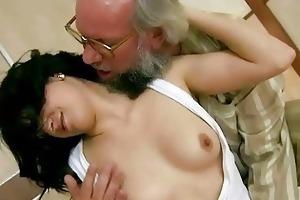 older man bonks his young girlfriend